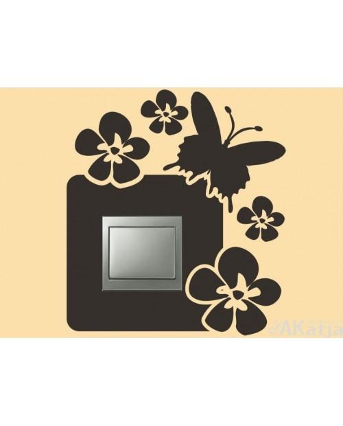 Naklejka pod włącznik z motylem i kwiatuszkami