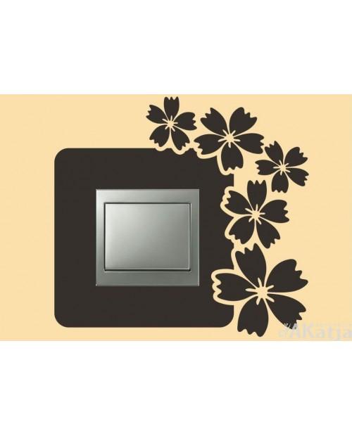 Naklejka pod włącznik z pięcioma kwiatkami