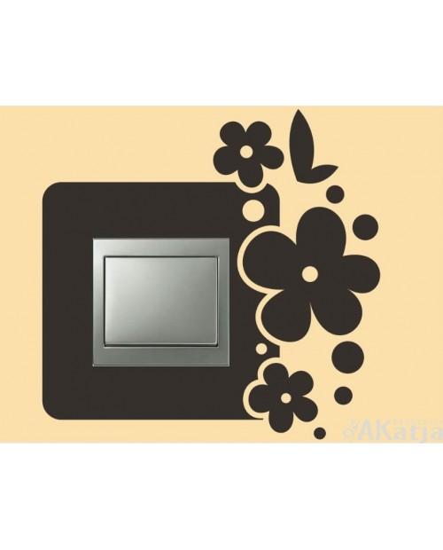 Naklejka pod włącznik kwiatki i kropki
