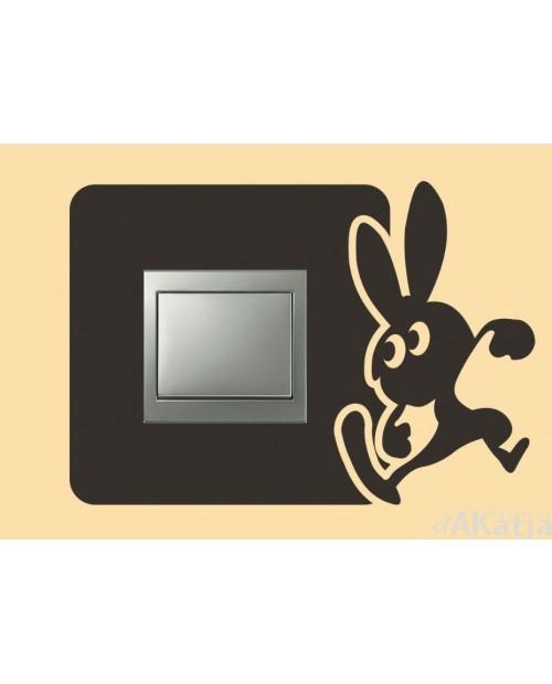 Naklejka pod włącznik zadziorny królik