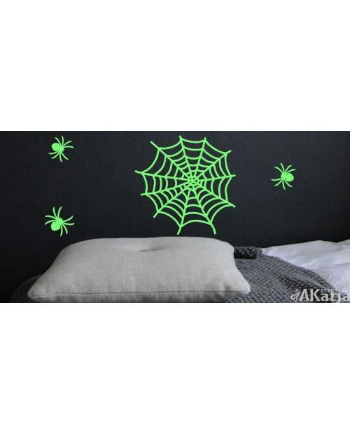 Naklejka świecąca w nocy pajęczyna